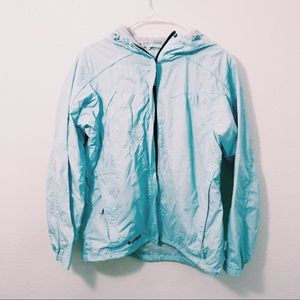 Columbia Blue Windbreaker Size Medium